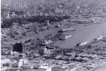 船舶でにぎわう那覇新港(旧安謝港)